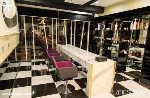 Nail Bar Interiors