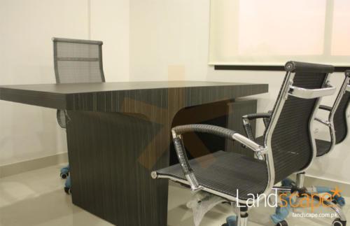 manager-desk