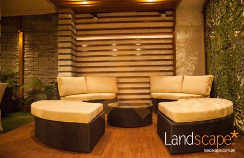 Organic-Feel-of-the-Showroom-Interior