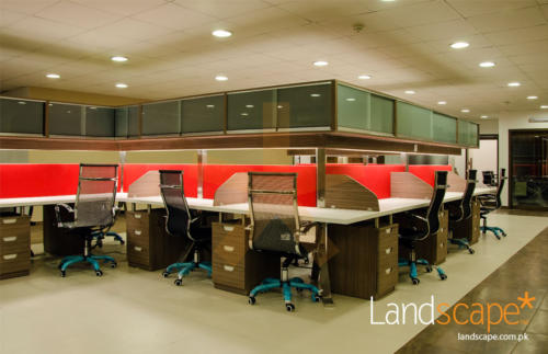 an-artistic-design-breaking-the-monotony-of-the-office-interior