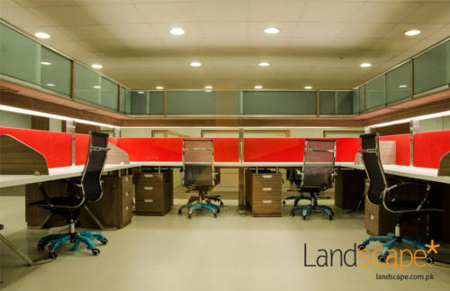 comfortable-and-contemporary-working-environment